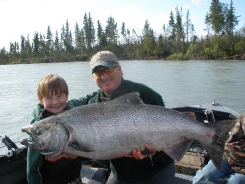 Kenai riverfront resort the alaska dream lodging for Kenai river fishing